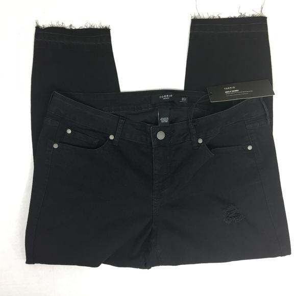 9f24735729f Torrid Size 16R Cropped Skinny Distressed Jean